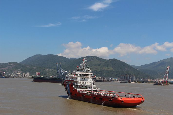 75m platform supply vessel by Fujian southeast shipyard